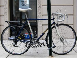 The incorrect way to use a U-lock. The lock is only securing the front wheel.