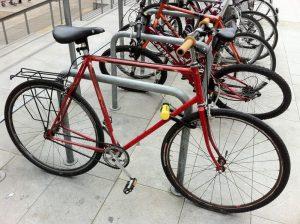 how-to-lock-bike