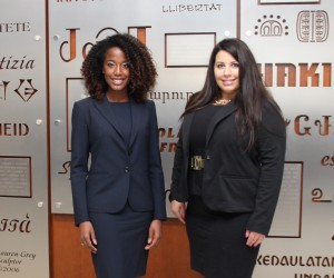 Briana Mayes (left) and Jaclyn Kostich will represent IIT Chicago-Kent at the 2014 Thomas Tang International Moot Court Competition regional tournament.